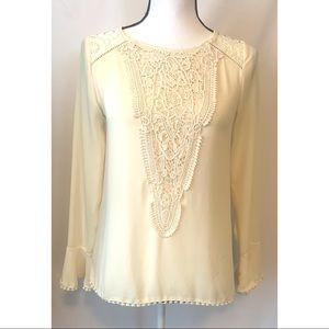 Taylor & Sage XS cream blouse with embroidery